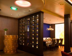 Elegant Restaurant Designer